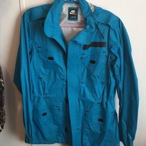 Nike sportswear rain jacket size small